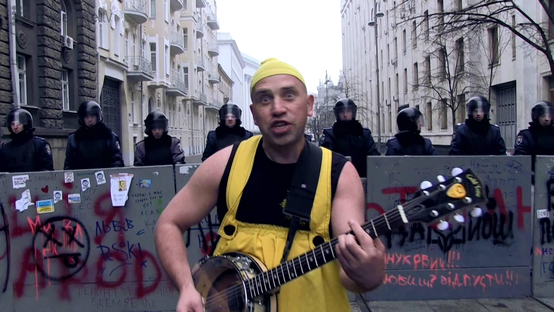 Лидер группы OT VINTA Юрий Журавель. Киев, 2013