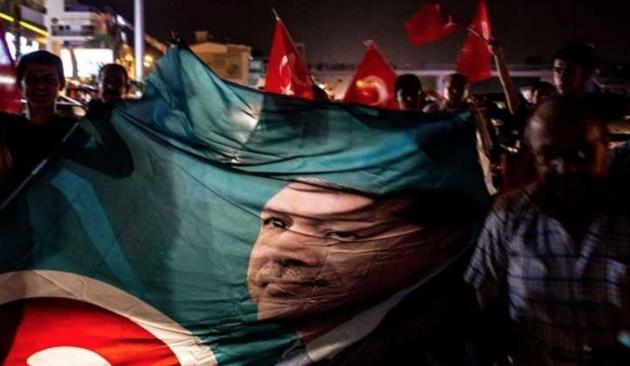 СМИ Грузии: Мятеж в Турции был выгоден Эрдогану