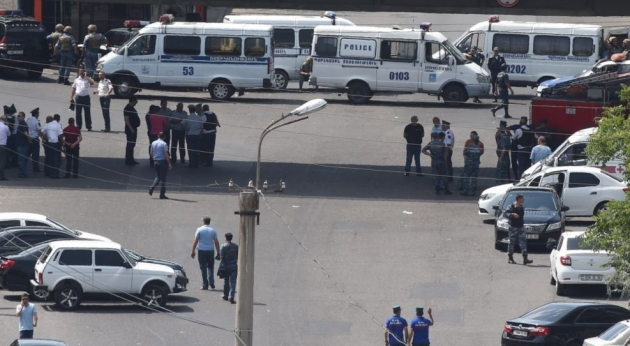 «Грапарак»: «Штурм» все еще в повестке, просто еще несколько дней попытаются уговорить сложить оружие и сдаться