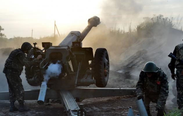 Донбасс: Работает 152 и 122 мм артиллерия, над Донецком сбит БПЛА ВСУ