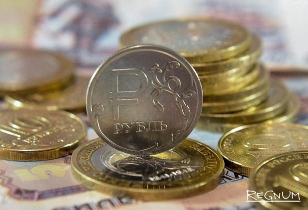 «После сентябрьских выборов возможна последовательная девальвация рубля»