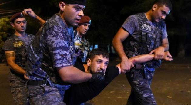 Специальная следственная служба Армении возбудила уголовное дело в отношении сотрудников Полиции
