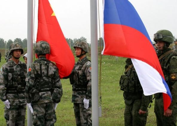 Пентагон: К 2035 году РФ и Китай могут превзойти США