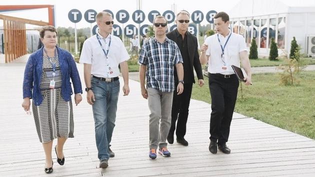 Медведев посетил «Территорию смыслов на Клязьме»