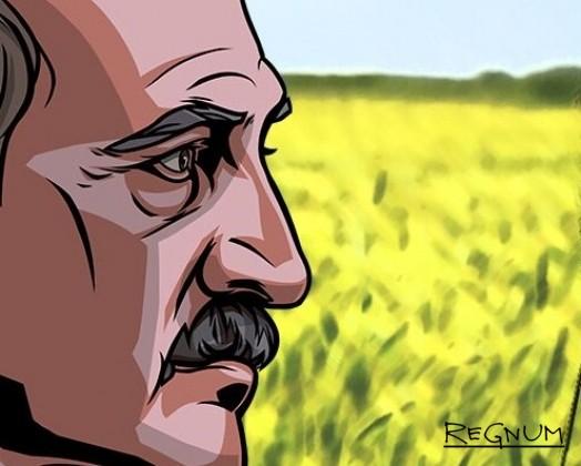 Лукашенко рассказал колхозникам о «мощном орудии» и принял в подарок корову