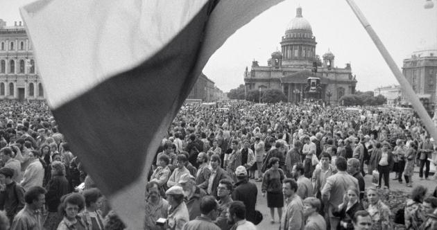 Фильм о «путче» 1991 года покажут в Петербурге к 25-летию событий