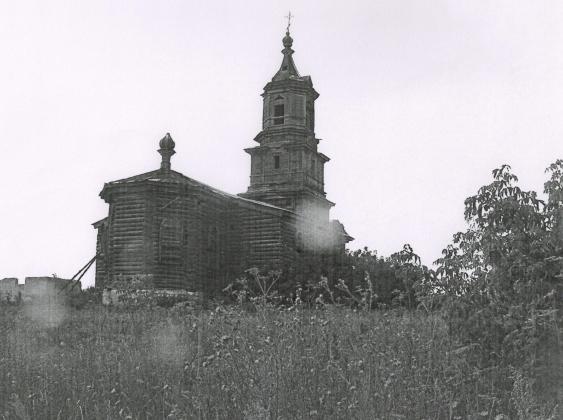 Бесхозная культура: в Оренбуржье здание старинной церкви нуждается в защите