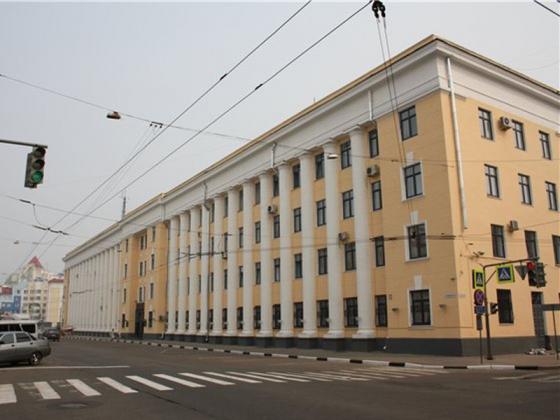 Трое полицейских в Ярославле вымогали у задержанного 100 тысяч рублей