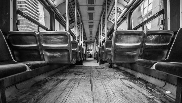 «Жителям Латвии увеличили «минималку» на один проезд в трамвае»