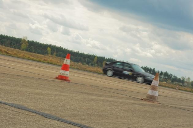 Крым: в Симферополе ждут открытия автодрома для экстремального вождения