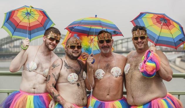 Гей-парад в Глазго требует преподавания в школах «основ ЛГБТ»