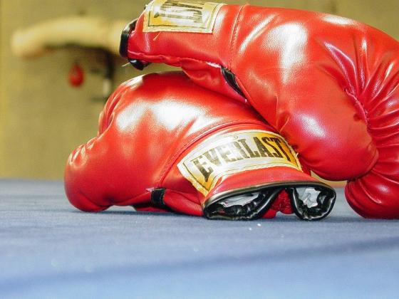 Боксёр из Узбекистана завоевал серебро в категории до 75 килограммов