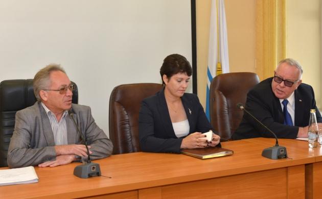 Кадры решают все: утро 22 августа началось на Алтае с назначений