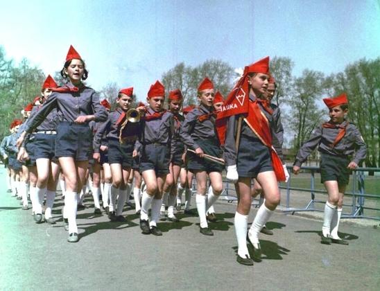 В День государственного флага школьники Калининграда вступили  в «РДШ»