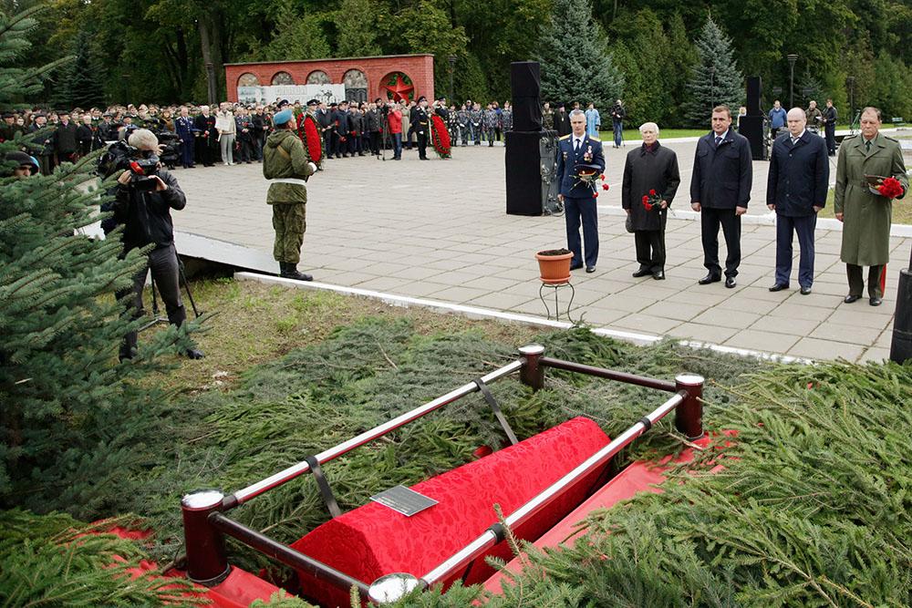 Церемония перезахоронения