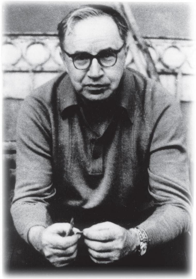 Евгений Иванович Забабахин (1917–1984), один из создателей советского термоядерного оружия и теории неограниченной кумуляции в кавитационных пузырьках («пузырьковый термояд»)