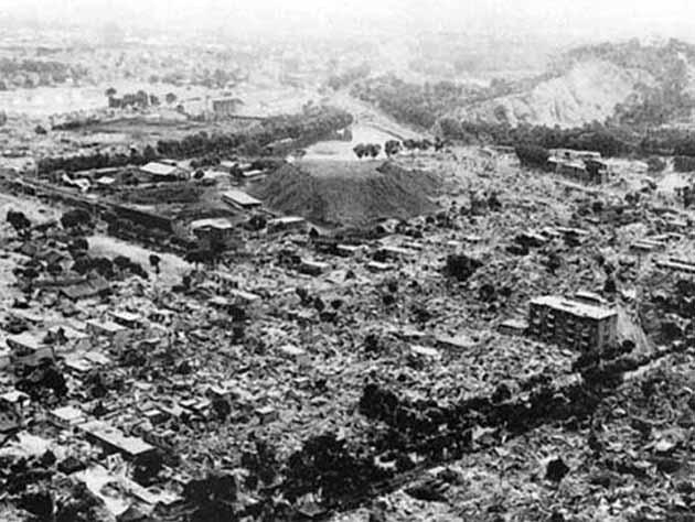 Вид на полностью разрушенный землетрясением город Ашхабад