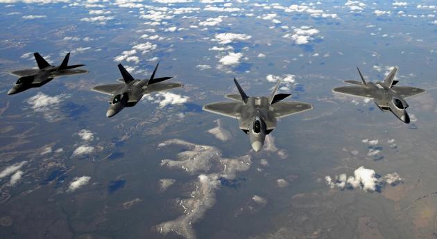 Самолеты-невидимки F-22 «Раптор»