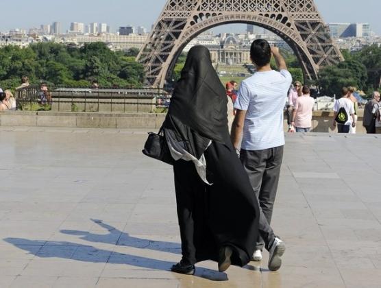 Франция решила создавать версию «европейского ислама»