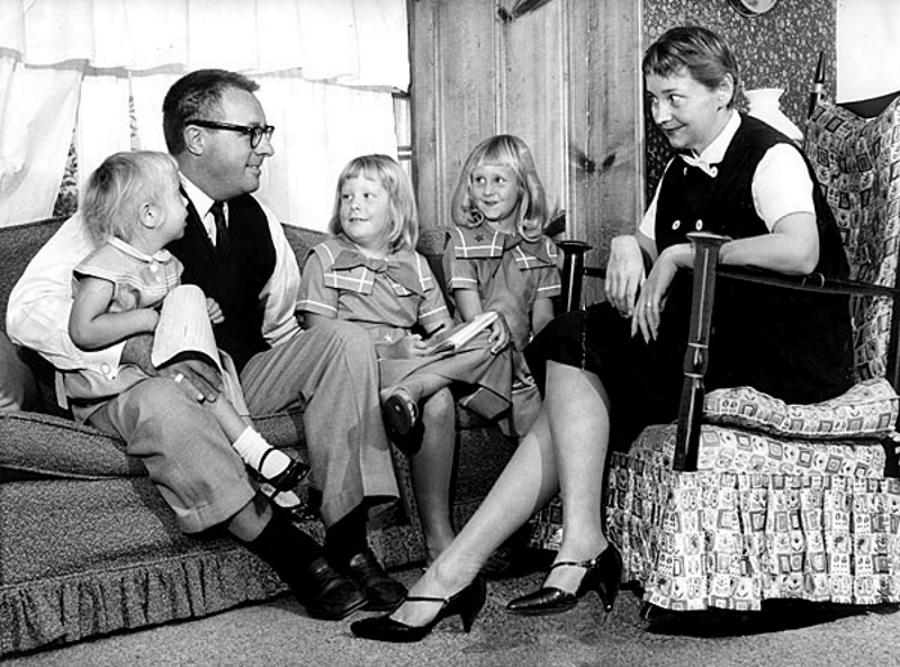 Рэй Брэдбери и его семья