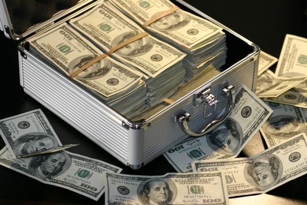 Российские миллиардеры предпочитают валютный кэш