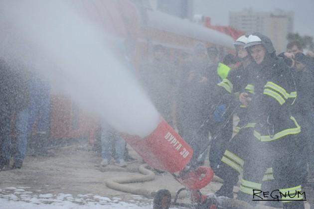 В Москве из горящего магазина спасли 8 человек