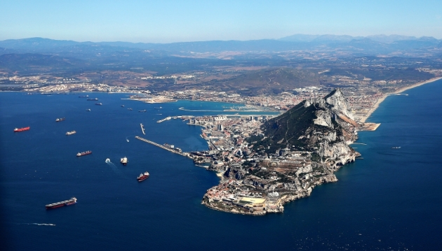 «Гибралтар наш»: Испания готовится к возвращению своих владений