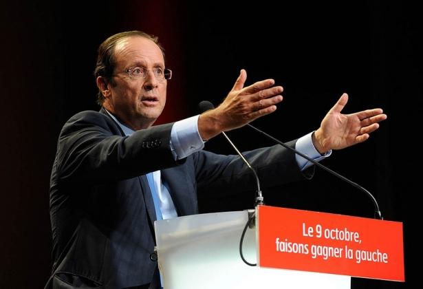 Опрос: Всего 4% граждан Франции довольны действиями Олланда