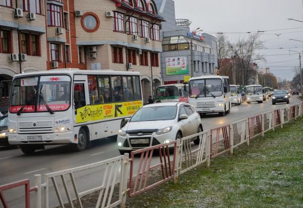 Александр Гревцов: муниципальный транспорт в Архангельске уничтожен