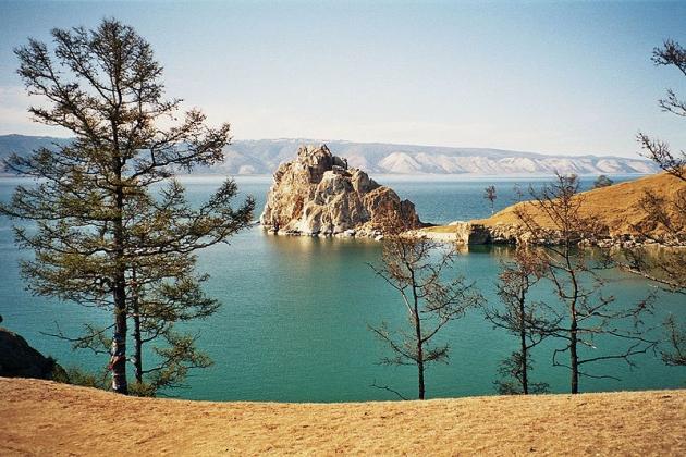 Уровень воды в озере Байкал в феврале снизится до отметки 456 м