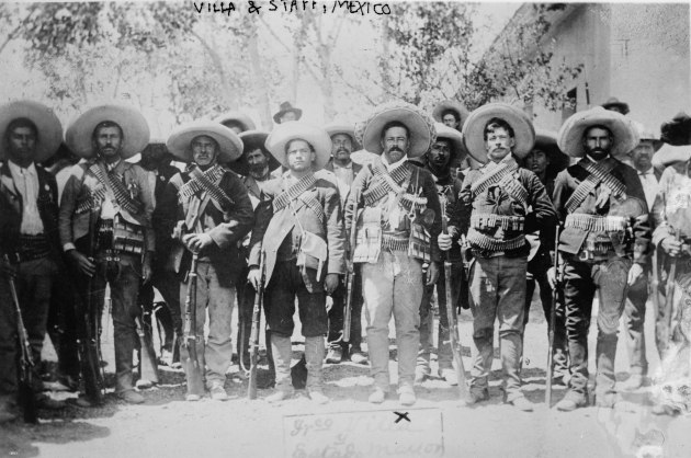 Восставший Панчо Виллья со своими командирами. 1910