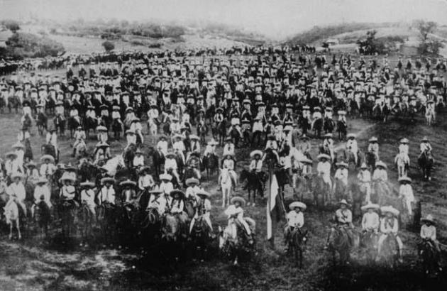 Эмилиано Сапата с войском революционеров