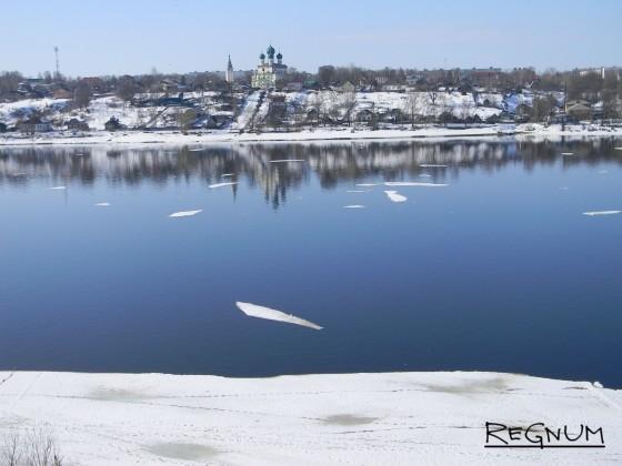 В Тутаеве Ярославской области взялись за лодочников-нелегалов