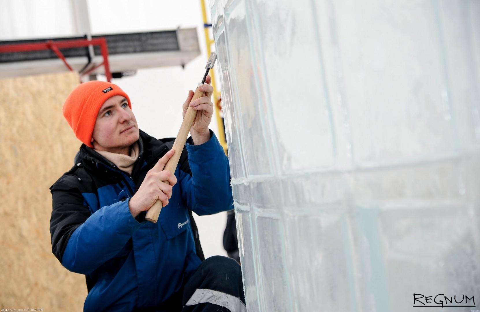 Изготовление ледяной скульптуры для фестиваля «Ледовая Москва. В кругу семьи»