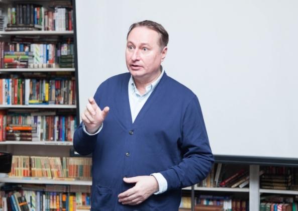 «Русофобия в Прибалтике рассосётся благодаря массовому отъезду молодёжи»