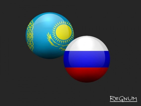 Флаги Казахстана и России