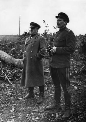 Г. К. Жуков и А. Е. Голованов. Брянский фронт, июль 1943