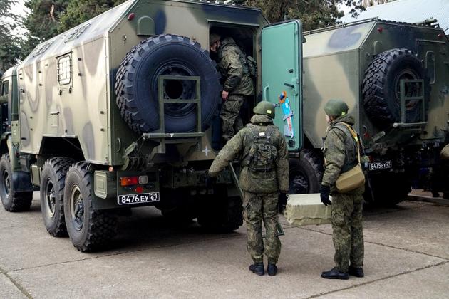 Атамбаев «выгоняет» российскую базу из Киргизии?