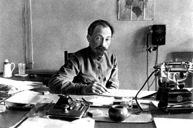 Основатель ВЧК Феликс Дзержинский по всем критериям белорусского госагитпропа и местной прозападной оппозиции должен считаться белорусом