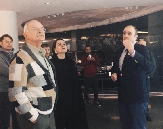 Никита Михалков всё-таки приехал в «Ельцин-центр»
