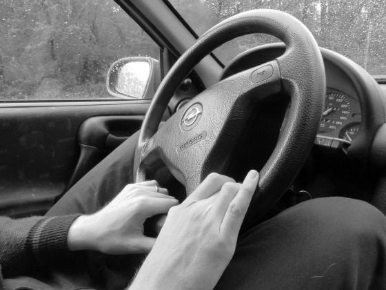 вытекают предназначения если я умру за рулем болтается