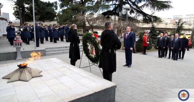 Глава МИД Белоруссии почтил память грузинских военных, погибших в 2008 году