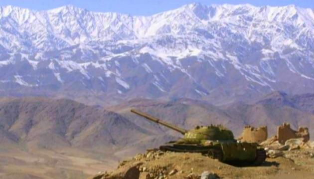 Танк Т-55 на огневом рубеже