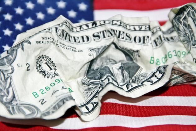 Флаг и доллар