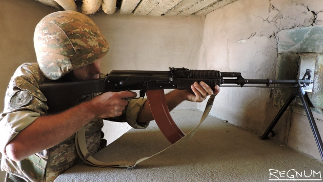 Армения заявила о потерях в ходе боя на границе с Азербайджаном