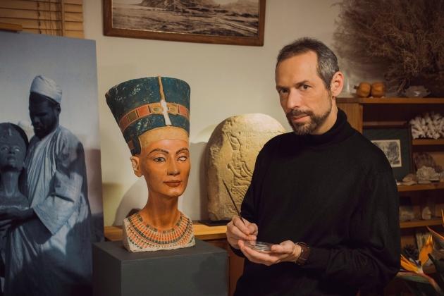 Уникальная реплика бюста Нефертити представлена в Москве