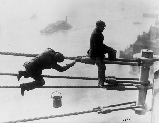 Покраска Бруклинского моста, 3 декабря 1915