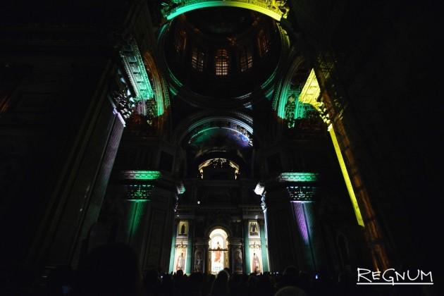 Музыкально-световое шоу в Исаакиевском соборе