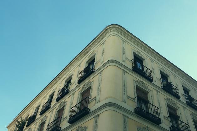Правительство может разрешить регистрацию граждан в апартаментах