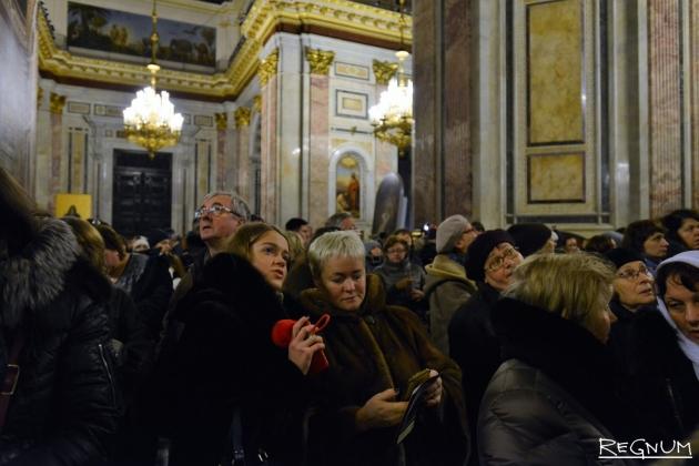 Петицию против передачи Исаакиевского собора РПЦ подписали 100 тыс. человек
